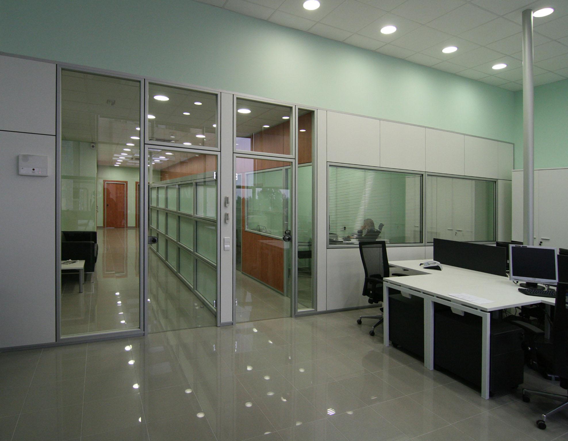 Mamparas y Divisiones Acristaladas para Oficinas en Barcelona