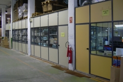Mamparas y divisiones de oficina y despachos para altillos en Barcelona